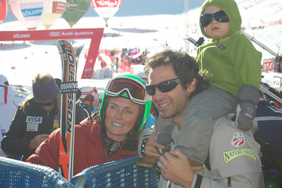 Team Schleper de Gaxiola. Sarah, Federico and Lasse in the finish area at Soelden after the first run (John Dakin/Vail Valley Foundation)