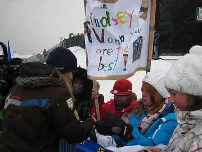 Lindsey Vonn signs autographs for her young fans following her fourth downhill win in four tries this season (Doug Haney/U.S. Ski Team)