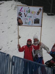 Young fans show off their Lindsey Vonn poster in Haus im Ennstal (Doug Haney/U.S. Ski Team)