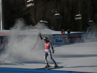 Lindsey Vonn celebrates her 7th World Cup win this season with victory in the Cortina super G (Doug Haney/U.S. Ski Team)