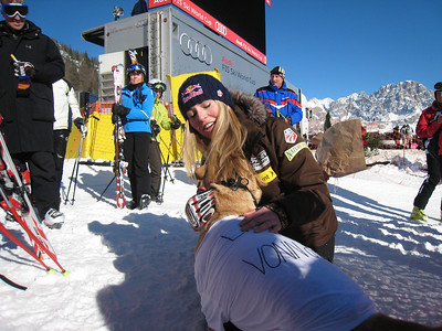 "Lindsey Vonn hangs out with ""Curtis"" and his ""Lindsey is VONNderbar"" t-shirt in Cortina (Doug Haney/U.S. Ski Team)"
