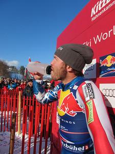 Bode Miller drinking in the Hahnenkamm leader box (Doug Haney/U.S. Ski Team)