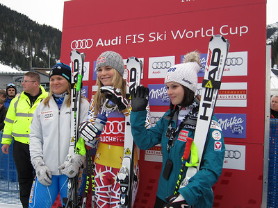 (l-r) Anja Paerson, Lindsey Vonn and Anna Fenninger in the leader box at Zauchensee (Doug Haney/U.S. Ski Team)