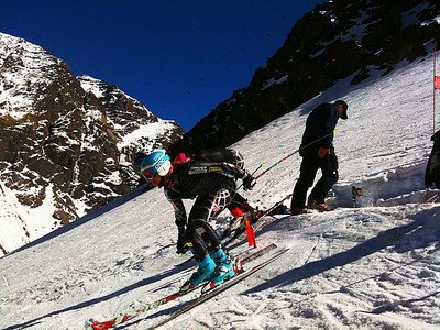 Julia Mancuso pushes out in front of Julia Ford in Portillo (Kristian Saile)