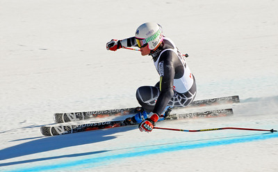 Andy Phillips of the U.S. Ski Team trains at Vail's Golden Peak. (c) 2010 U.S. Ski Team/Tom Kelly