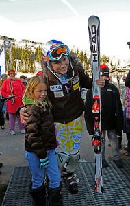 Lindsey Vonn poses with a fan as the U.S. Ski Team trains at Vail's Golden Peak. (c) 2010 U.S. Ski Team/Tom Kelly