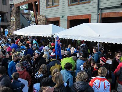 Fans line up for U.S. Ski Team autographs (Doug Haney/U.S. Ski Team)