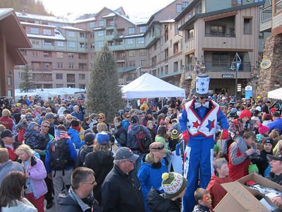 Fans pack the square in Winter Park for the opening ceremonies (Doug Haney/U.S. Ski Team)
