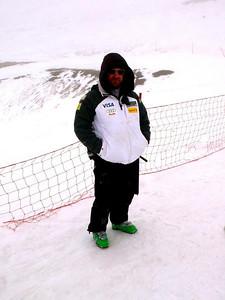 Coach Roger Bay hillside in Valle Nevado (Resi Stiegler/www.resi-stiegler.com)
