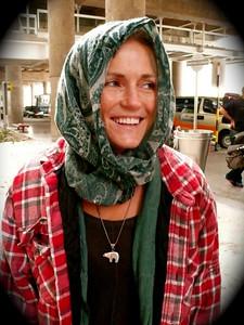 Sarah Schleper poses pre camp in the Santiago airport (Resi Stiegler/www.resi-stiegler.com)