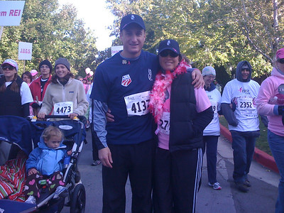 Tim Jitloff poses with his mom Pam during the 2009 Race for the Cure in Reno, NV (Tim Jitloff)