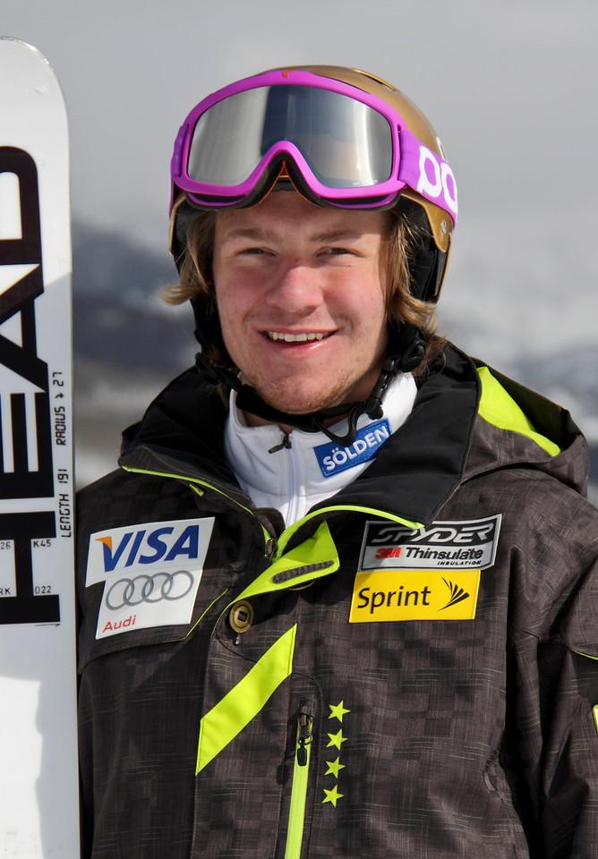 2011-12 U.S. Alpine Ski Team Robby Kelley Photo: Eric Schramm