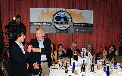 Bob Beattie recognizes Danny Hundert for his work as friends gathered at Aspen's historic Hotel Jerome to honor Beattie. (Tom Kelly)