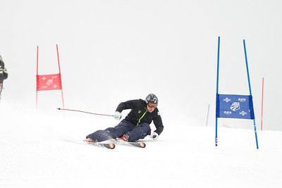 Andrew Weibrecht  (Tom Green/Vail Resorts) 2011-12 U.S. Ski Team early season training on Golden Peak at Vail