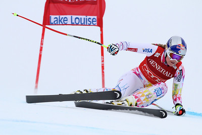 Lindsey Vonn wins the second Audi FIS Alpine World Cup downhill in Lake Louise (Malcolm Carmichael/Alpine Canada)