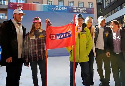 Bode Miller, Julia Mancuso, Ted Ligety, Lindsey Vonn, U.S. Ski Team Alpine Director Patrick Riml and Oetztal Tourism Director Oliver Schwarz at the Soelden/Obergurgl-Hochgurgl/Oetztal partnership announcement in Innsbruck, Austria (Oetztal Tourism)