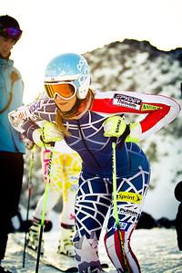 Julia Mancuso readies for a training run on the Rettenbach Glacier in Soelden (Oetztal Tourism)