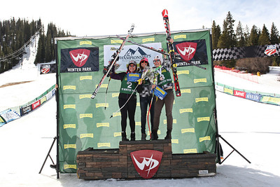 Nature Valley U.S. Alpine Championships - Winter Park, CO - March 28-April 1, 2012 Super G (l-r) Leanne Smith, Julia Mancuso, Laurenne Ross  Photo: U.S. Ski Team
