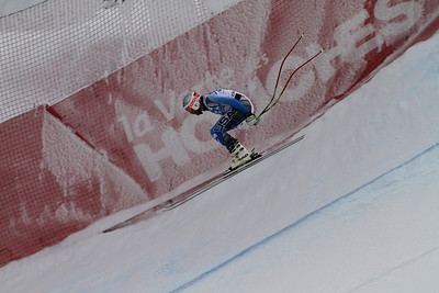 Bode Miller zips to within .01 of victory in the first of two downhill's in Chamonix (Haugeard Gaeton)