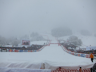 Heavy snow throughout the downhill made visibility difficult in Kitzubuehel (Doug Haney/U.S. Ski Team)