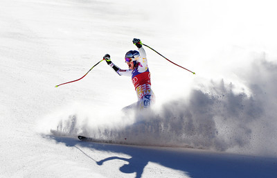Lindsey Vonn celebrates in the finish line after taking the lead in the Audi Birds of Prey super G. (U.S. Ski Team/Tom Kelly)