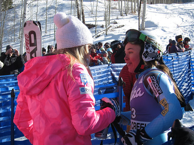 Lindsey Vonn is congratulated by Leanne Smith after winning the Audi Birds of Prey super G in Beaver Creek (Doug Haney/U.S. Ski Team)