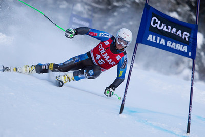 ALTA BADIA, ITALY - DECEMBER 16: Robby Kelley of USA races down the Gran Risa course whilst competing in the Audi FIS Alpine Ski World Cup Giant Slalom race on December 16 2012 in Alta Badia, Italy. (Photo by Mitchell Gunn/ESPA) *** Local Caption *** Robby Kelley