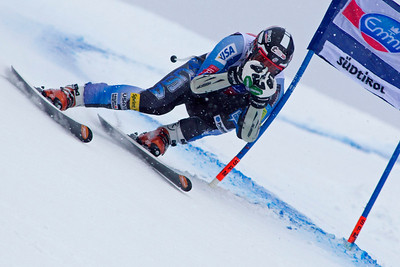 VAL GARDENA, ITALY - DECEMBER 14: Thomas Biesemeyer of USA  races down the Saslong course whilst competing in the Audi FIS Alpine Ski World Cup Super Giant  Slalom race on December 14 2012 in Val Gardena, Italy. (Photo by Mitchell Gunn/ESPA) Image may be used for editorial use only.