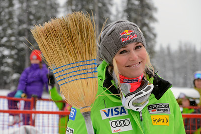 A clean sweep for Lindsey Vonn in the Audi FIS World Cup weekend in Lake Louise. Photo © Roger Witney/Alpine Canada Image may be used for editorial use only.