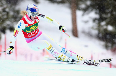 Lindsey Vonn charges to a weekend sweep with a win in the Audi FIS World Cup super G at Lake Louise. Photo © Roger Witney/Alpine Canada Image may be used for editorial use only.