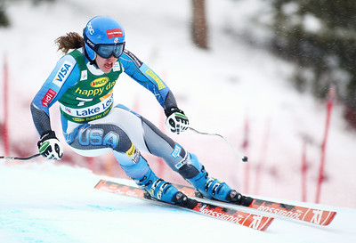 Leanne Smith races to a top ten finish in the Audi FIS World Cup super G in Lake Louise. Photo © Roger Witney/Alpine Canada Image may be used for editorial use only.