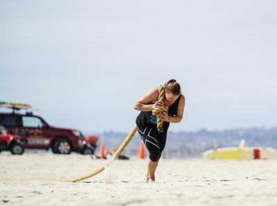 U.S. Alpine Ski Team women workout on the beach in San Diego. Photo may be used for editorial purposes only. Photo: Rick LeBeau Photography