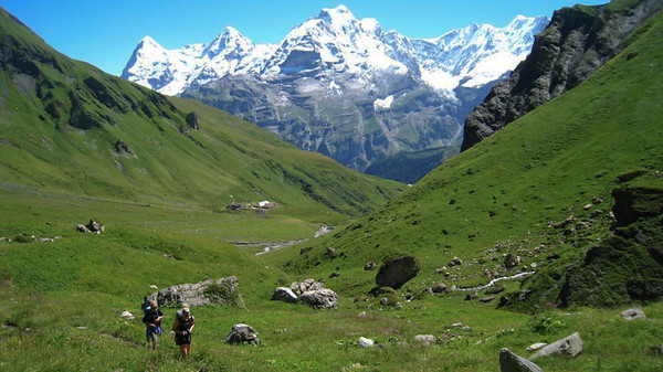 Hiking toward the Sefinenfurgge pass between Murren and Griesalp.  Photo: Shelley Row