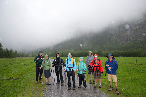 The group enjoying a rainy day hike in the Gasterntal.