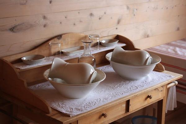 Wash basins at Obersteinberg.  Photo: Shelley Row