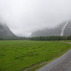 Hiking in the Gasterntal in cloud, fog and a bit of rain.