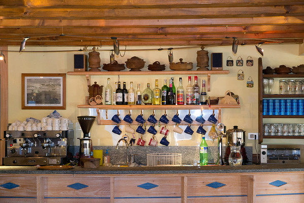 The bar at Bonatti hut along the TMB
