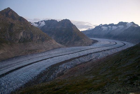 Early morning hike along the Aletsch glacier