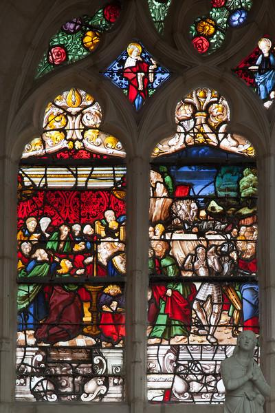 Saint-Nicolas-du-Port, Death and Funeral of The Virgin