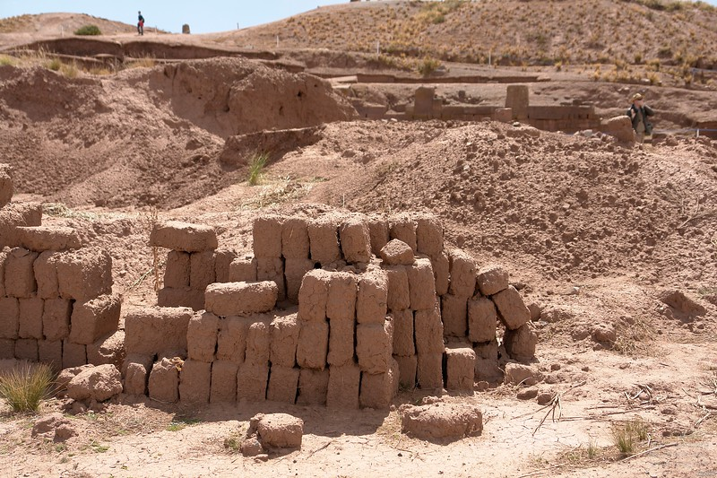 Tiwanaku. Todays adobe bricks. Devolition of knowledge or resources.