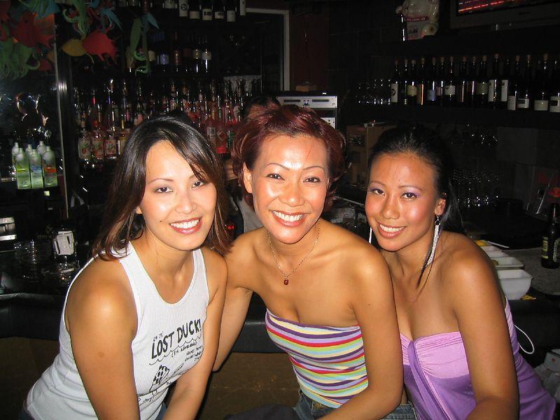 Posing at the bar: Oanh Nguyen, Nancy Pham and Sandy Tran.