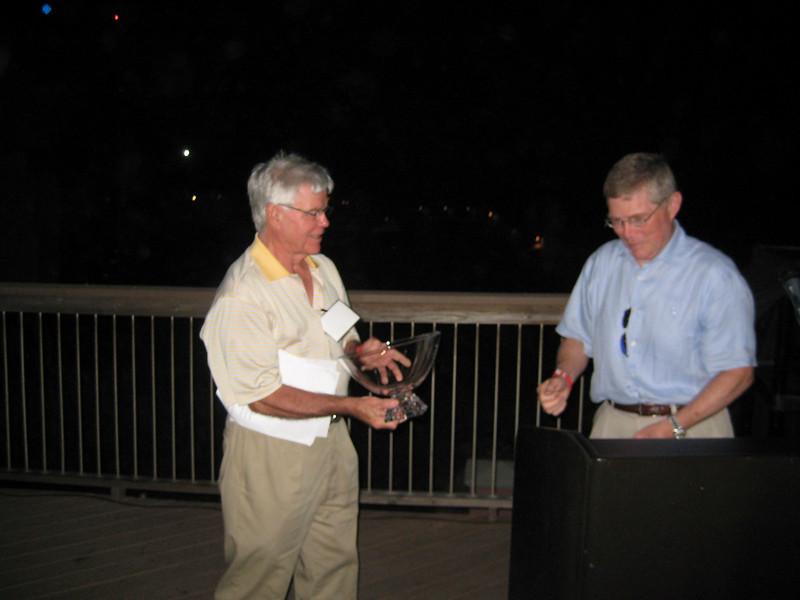 Dean Sam Davis thanks Sandy Sams for his service as Lamar Order Chairman