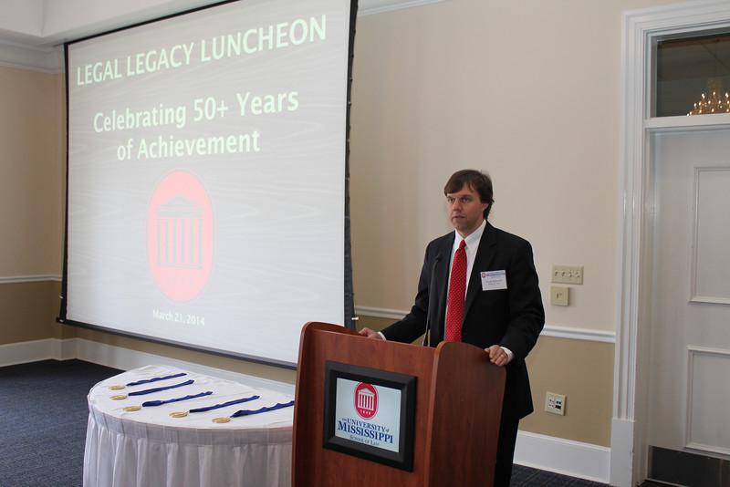 Law Alumni Chapter president Floyd Melton III