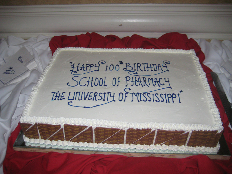 The School of Pharmacy celebrated its 100th birthday at the reception
