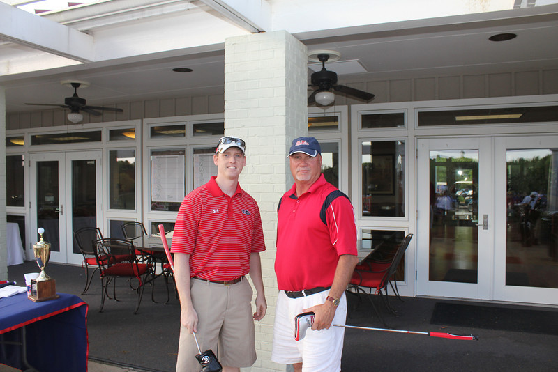 Closest to the pin contest winners were Tripp Dixon and Kelly Greenwood.