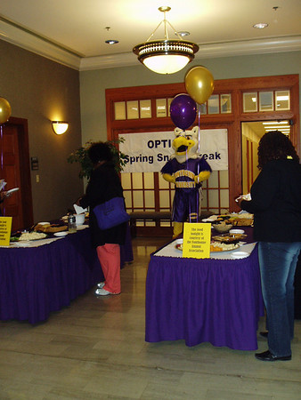'09 OPTIONS Spring Snack Break