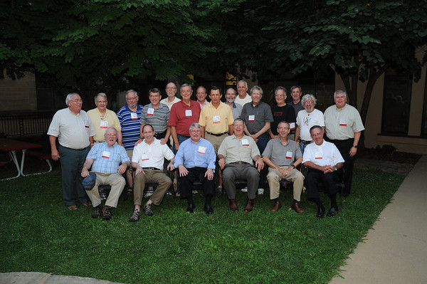 2011 Alumni Reunion Anniversary Classes and Group Photo