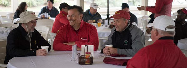 2018_alumni_golf-9054