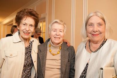Louise Vejar, Mary Kelly, Joan Molfino
