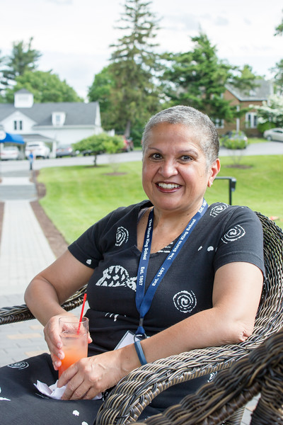 SKS Trustee Michele DeFreece, parent of SKS alumna Dominique DeFreece '14